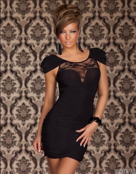 robe chic et glamour. Black Bedroom Furniture Sets. Home Design Ideas