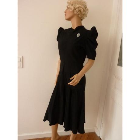 robe des ann es 30. Black Bedroom Furniture Sets. Home Design Ideas