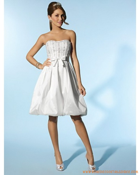 Robe habillee pour mariage for Robe violette pour mariage