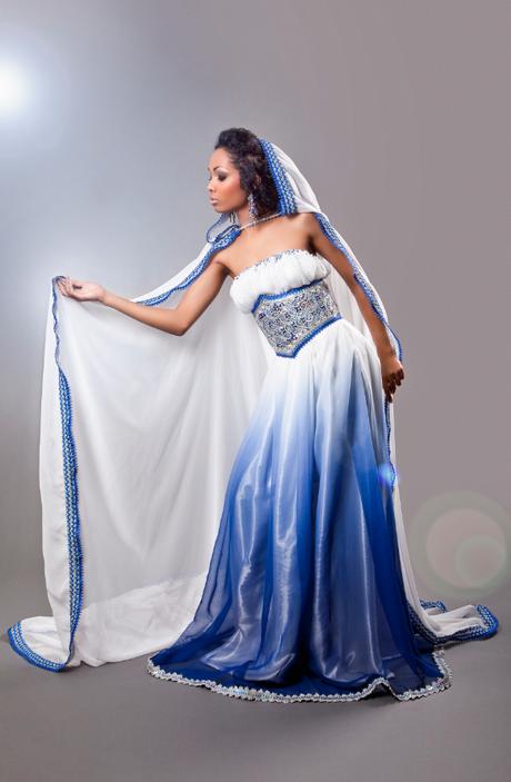 Robe kabyle ouarda helli for Maison kabyle moderne