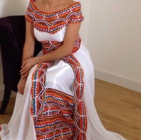 Robe kabyle pour mariage for Robes en argent pour les mariages