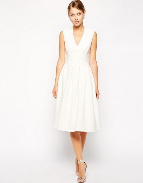 Robe pour un mariage chic for Robe patineuse pour mariage