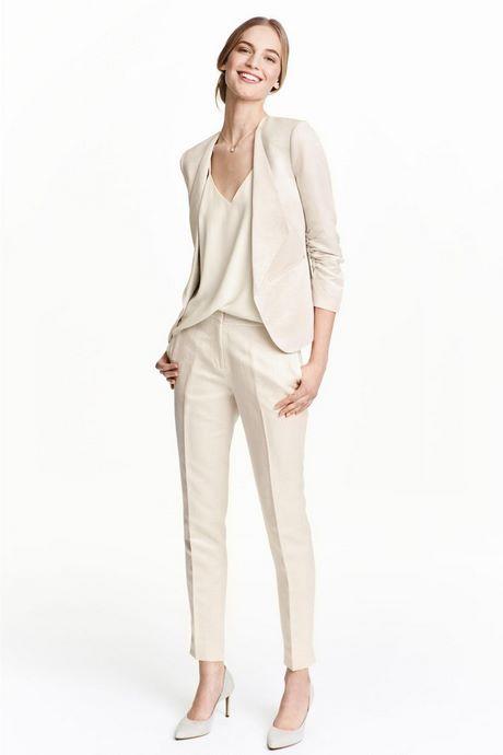 ee0d330b821 Veste tailleur blanche de mariée et pantalon tailleur blanc