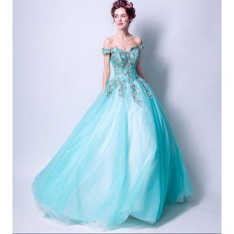 723f548f5c5 Robe princesse pour femme
