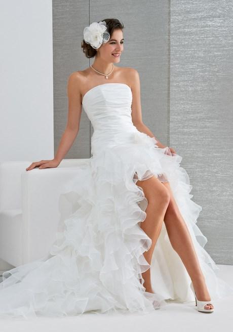 1734af9f861 robe de mariée courte devant robe de mariée cascade de drapés en