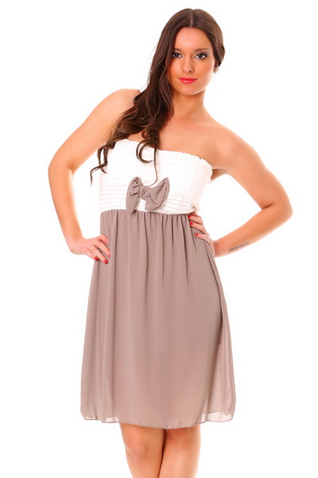 Robe de mariée mouchoirs de tulle ave un bustier incrusté de robe de mariee pas chere en tulle bustier strass. robe de mariage forme princesse blanche avec bustier coeur et .