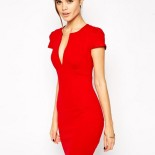 Robe rouge droite