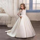 Robe communion enfant