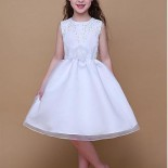 Robe communion moderne