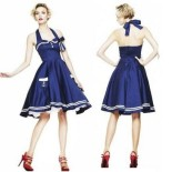 Robe navy pin up