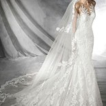 Robe blanche collection 2020