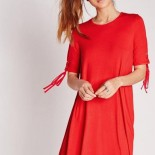 Robe rouge ample