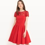 Robe rouge patineuse dentelle