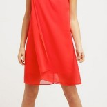 Robe rouge ete