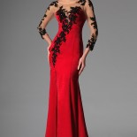 Reve robe rouge