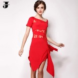 Robe de salsa rouge