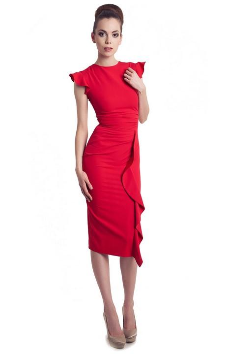 Model de robe droite chic
