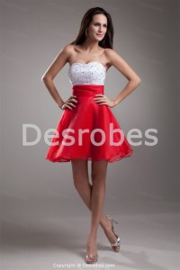 Robe cocktail rouge